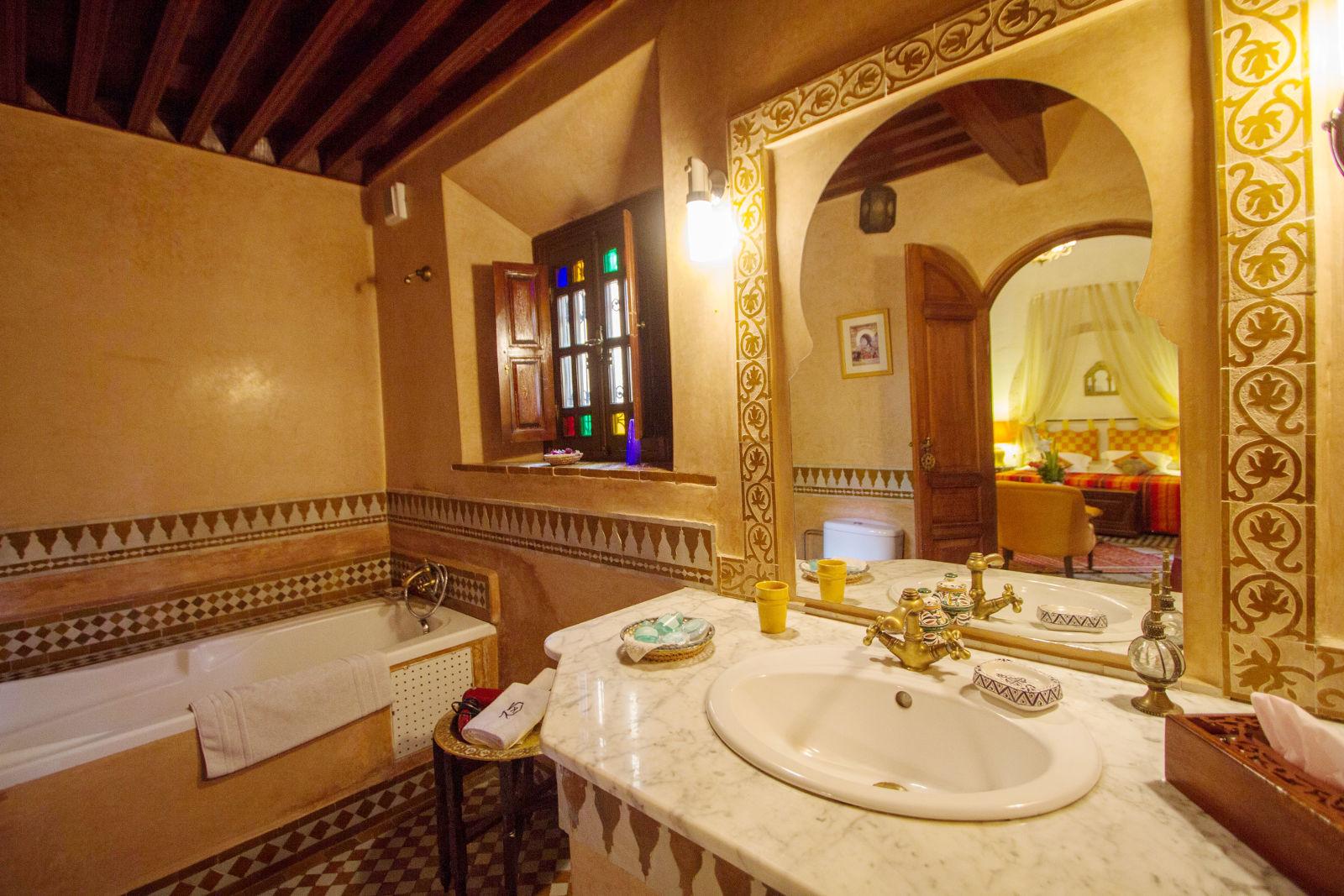 Suite manon salle de bain for Manon leblanc salle de bain